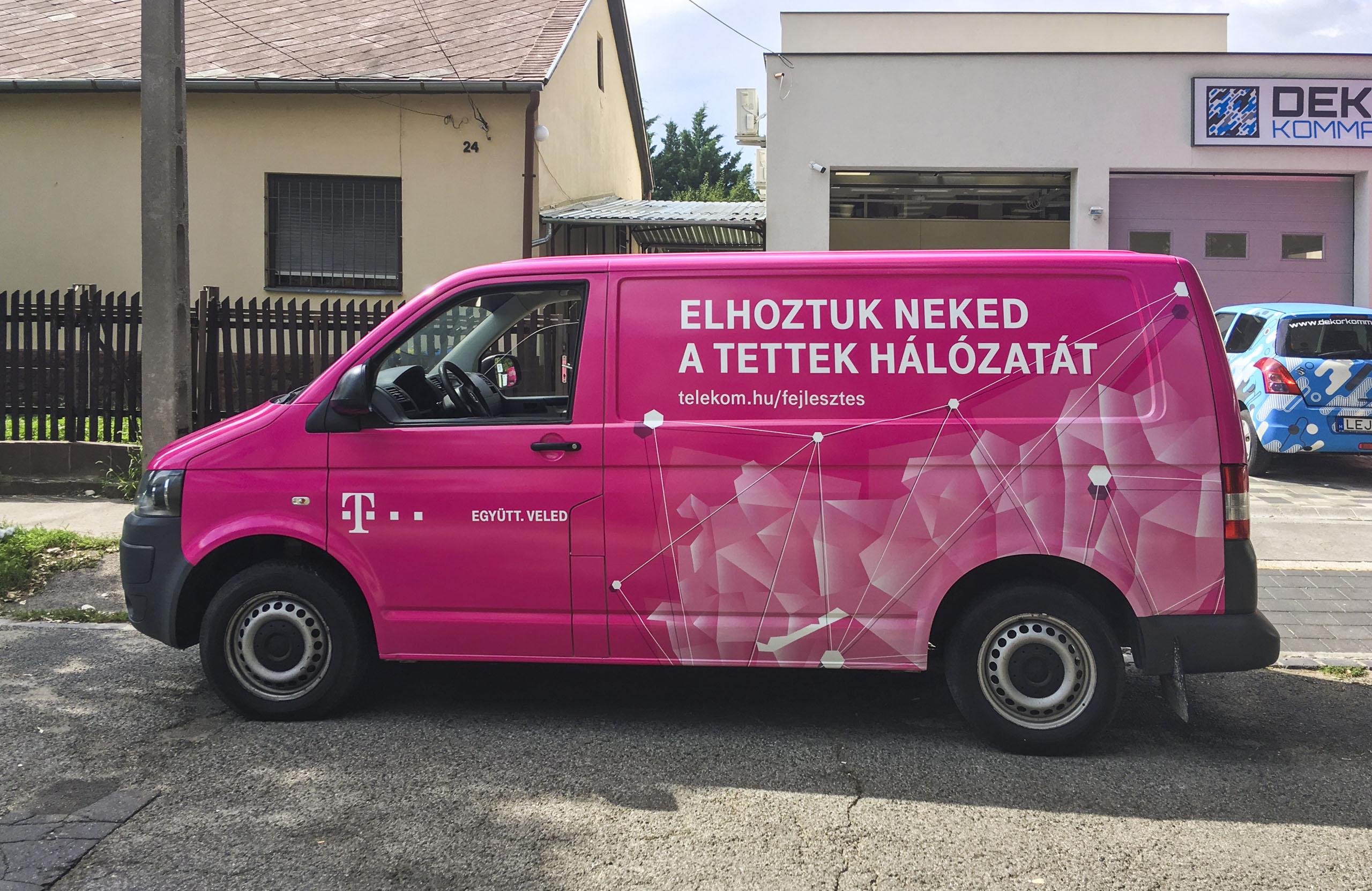 Telekom autódekoráció